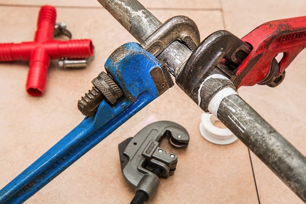 How Much Does it Cost to Fix a Broken Drain Pipe?